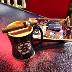 Black and Gold, maduro and coffee .