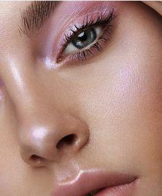 32 Collections of Trendy Makeup - Fashion is an attitude. % - 32 Collections of Trendy Makeup – Fashion is an attitude. % 32 Collections of Trendy Makeup – Fashion is an attitude. Glowy Makeup, Pink Makeup, Natural Makeup, Ethereal Makeup, Eyeliner Makeup, Make Up Looks, Makeup Inspo, Makeup Inspiration, Makeup Tips