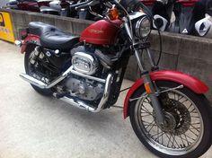 ≪No.0170≫ ・ニックネーム たぁ ・メーカー名、車種、年式 Harley-Davidson XLH1100 1986年式 ・アピールポイント 今や日本に数台!?1986年に1年だけ生産された珍品のスポーツスター。 先月38万で購入し、ちんたらレストア中です。 先週246世田谷近辺を走っていたらクラッチワイヤーが切れる始末(^_^;) 一つ一つ直してゆくことが週末の楽しみ!愛すべきポンコツ。