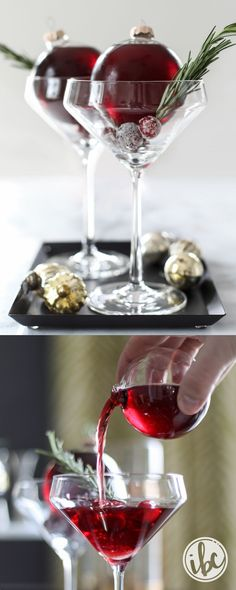 Very Merry Christmas Cocktail Martini recipe #signaturecocktail