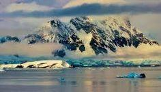 Resultado de imagen de iceberg desprendido de la antartida imagenes