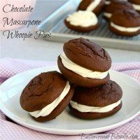 Chocolate Mascarpone Whoopie Pies from Krane Krane Krane Krane McGarry {Buttercream Blondie} Whoopie Pies, Whoopie Pie Filling, Baking Recipes, Cookie Recipes, Dessert Recipes, Just Desserts, Delicious Desserts, Yummy Food, Cupcakes