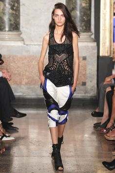 Emilio Pucci Spring 2014 RTW - Runway Photos - Fashion Week - Runway, Fashion Shows and Collections - Vogue Emilio Pucci, 2014 Trends, Spring Summer Trends, Spring 2014, Summer 2014, Summer Fun, Fashion Show, Fashion Design, Fashion Trends