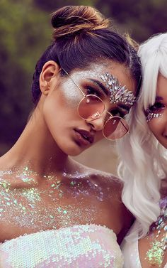 The BEST Online Stores for the Perfect Coachella Outfit & Festival Styles - Gypsy Shrine – Unicorn Crown - Festival Style, Festival Looks, Festival Outfits, Festival Fashion, Coachella Make-up, Coachella Festival, Festival Face Jewels, Karneval Diy, Look Hippie Chic