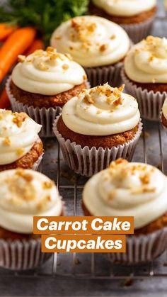 Carrot Cake Cupcakes, Cupcake Cakes, Carrot Cupcake Recipe, Carrot Cake Muffins, Mini Cupcakes, Best Cupcakes, Flavored Cupcakes, Fruit Cupcakes, Almond Cupcakes