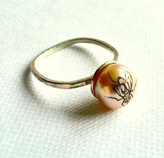 Fly Pearl Ring. Georgina Taylor