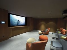 The topics in home theaters are pretty popular, because it is only natural that design in the theme of a favorite movie create a home theater to be. Home Theaters, Living Room Theaters, Home Theater Setup, Home Theater Rooms, Home Theater Design, Movie Theater, Attic Design, Cinema Room, Theater Seating
