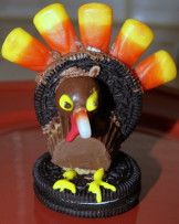 3 Easy Thanksgiving Crafts for Kids - Entertainment - Perry Hall, MD Patch Thanksgiving Oreo Turkeys, Thanksgiving Food Crafts, Holiday Crafts, Holiday Fun, Holiday Ideas, Kindergarten Thanksgiving, Festive, Thanksgiving Decorations, Happy Thanksgiving