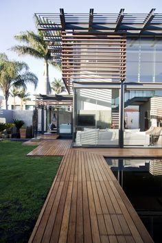 House Abo   Exterior view   Nico van der Meulen Architects