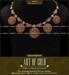Annapakshi Kemp Necklace set with Kundan stones. An unique arrangement with 5 round kemp motifs spaced by kemp flower motifs and all strung in a hand woven mesh chain. Check out more kemp necklace designs below. 18k Gold Jewelry, Ruby Jewelry, Jewelry Model, Bridal Jewelry, Amrapali Jewellery, Antic Jewellery, Terracota Jewellery, Necklace Designs, Jewelry Design