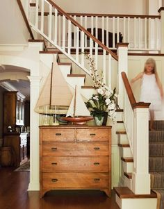 idea, stairway, cottage houses, dresser, foyer, sailboat, entryway, wood houses, country homes