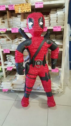 Deadpool Piñata So awesome! Sons Birthday, Husband Birthday, 4th Birthday Parties, Birthday Ideas, Minion Party, Superhero Party, Pool Party Themes, Party Ideas, Deadpool Theme