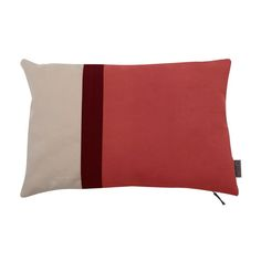Hannabi creates high quality sofas in small series with keen attention to details. Custom Made, Cushions, Throw Pillows, Bed, Kimono, Fresh, Toss Pillows, Toss Pillows, Stream Bed