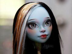 Monster High repaint  Monster High custom  Siren CAM by AshGUTZ, $100.00