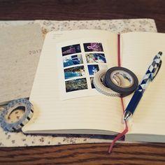 ek1109先日買ったモレスキンをやっと使い始めたところ☺ セブンイレブンの写真プリントも試してみたのだけど、なかなか便利かも…。 新しく買ったマスキングテープと一緒に🙆  #ノート #モレスキンはじめました #モレスキン #ほぼ日 #ほぼ日手帳 #ほぼ日手帳weeks #マスキングテープ #手帳時間 #手帳2017/03/14 17:15:16