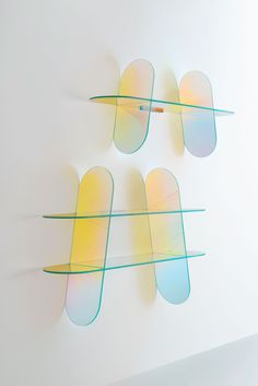 Spanish designer Patricia Urquiola seemed like a strange choice to design the Glas Italia's Iridescent Furniture Collection, considering her disdain for working with galss. Patricia Urquiola, Decoration Chic, Keramik Design, Verre Design, Table Design, Milan Design, Shelf Design, Deco Design, Furniture Collection