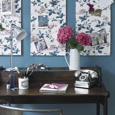 Wohnideen  Arbeitszimmer Home Office Büro - Hübsches blaues Blumen Home-Office