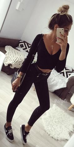 #fall #outfits  women's black boat-neck long sleeve crop top