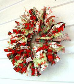 RagHearth rag wreaths (21) - From: http://stunninghomedecor.com/2015/11/12/raghearth-rag-wreaths-21/