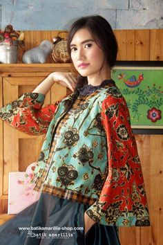 Batik Amarillis Made In Indonesia proudly presents : Batik Amarillis's Amarillissima Jacket ..... A beautiful and mesmerizing ethereal collection of fairytale inspired.. Batik Amarillis's Amarillissima jacket is beautiful unique & special ,The style is vintage 1867's Victorian wardrobe inspired ,The unique style & cutting of this beautifully tailored garment will turn heads with its captivating design.