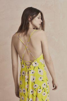 #TopFashion#Mode#Style Mode Style, Backless, Dresses, Fashion, Spring Summer, Gowns, Moda, La Mode, Dress