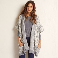 Aerie Hooded Sweater Poncho (89 CAD) ❤ liked on Polyvore featuring outerwear, medium heather grey, open front poncho, cable knit poncho and hooded poncho
