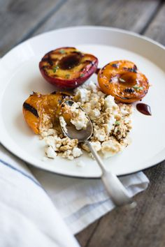 Grilled stone fruit with ricotta | Minimally Invasive blog