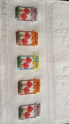 This post was discovered by TC Cross Stitch Borders, Cross Stitch Flowers, Cross Stitch Designs, Cross Stitching, Cross Stitch Embroidery, Embroidery Patterns, Hand Embroidery, Cross Stitch Patterns, Cross Stitch Kitchen