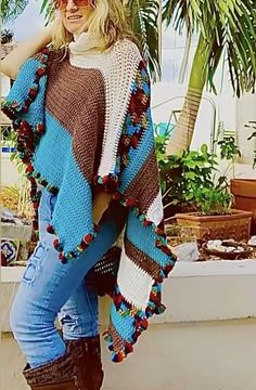 Boho Crochet Patterns, Hippie Crochet, Crochet Poncho Patterns, Gilet Crochet, Crochet Cardigan, Crochet Shawl Diagram, Blanket Poncho, Tapestry Crochet, Hippie Outfits