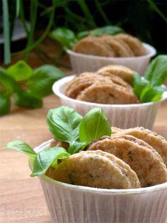 hekvanc: Nyári ropogtatnivaló - citromos-bazsalikomos keksz Muffin, About Me Blog, Breakfast, Food, Morning Coffee, Essen, Muffins, Meals, Cupcakes