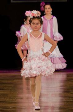 Wappíssima - We Love Flamenco 2017 - Consolación Ayala - 2017 Girls Dresses, Flower Girl Dresses, Floral Motif, Our Love, My Girl, Girl Fashion, Disney Princess, Wedding Dresses, Shoes Sandals