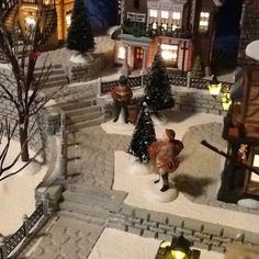Diy christmas village display platform new Ideas Diy Christmas Village Platform, Diy Christmas Village Displays, Halloween Village Display, Lemax Christmas Village, Christmas Villages, Outdoor Christmas Decorations, Lemax Village, Christmas In The City, Christmas Town