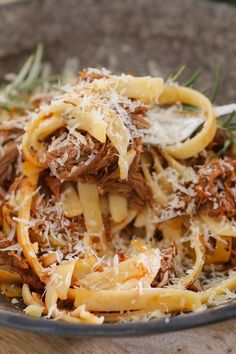 This Slow Cooker Italian Beef Ragu Pasta has a beautiful, rich tomato based sauce, beef that literally melts in your mouth, and of course, a good sprinkling of parmesan cheese. This is winter comfort food at it's very best! Slow Cooker Italian Beef, Slow Cooker Beef, Slow Cooker Recipes, Crockpot Recipes, Cooking Recipes, Healthy Recipes, Italian Cooking, Slow Cooker Pasta, Thai Cooking