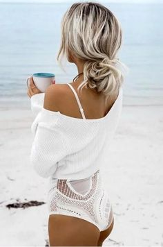 White sexy Off Shoulder Cropped Sweaters