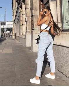 - Fotoideen Source by juvenil femenina moda elegante Crop Top Outfits, Casual Summer Outfits, Mode Outfits, Spring Outfits, Trendy Outfits, Autumn Outfits, Summer Dinner Outfits, Casual Dinner, Club Outfits
