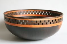 Bowl, Puy, Algarrobo. [Partly segmented; turning the upper rim in a bit would result in a nice spaghetti strainer, but how many of you would use it as such? Not recommended as a useable design for a kuksa.]