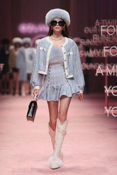 Korean Street Fashion, Cool Street Fashion, Cute Fashion, 90s Fashion, Runway Fashion, High Fashion, Fashion Looks, Street Style, Womens Fashion