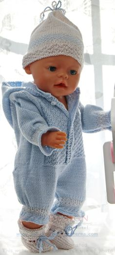 Child Knitting Patterns Child born garments to knit by your self - Here's a cute child outfit in your child doll Baby Knitting Patterns Supply : Baby born Kleidung selber stricken - Hier ist ein Knitting Dolls Clothes, Knitted Dolls, Doll Clothes Patterns, Baby Born Clothes, Cute Baby Clothes, Baby Knitting Patterns, Baby Born Kleidung, Pull Bebe, Baby Boy Baptism