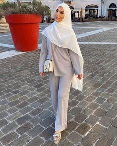 Modest Fashion Hijab, Modern Hijab Fashion, Workwear Fashion, Muslim Fashion, Fashion Outfits, Modesty Fashion, Modest Wear, Modest Outfits, Cute Casual Outfits