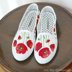 Ręcznie malowane tenisówki w maki / Hand painted sneakers with poppies