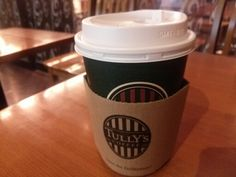 -TULLY'S COFFEE- 1997, Tully's Coffee came to Japan from the United States. Quality of the coffee will surpass the Starbucks. Caffe latte (Grande size) $4.10 http://alike.jp/restaurant/target_top/543885/
