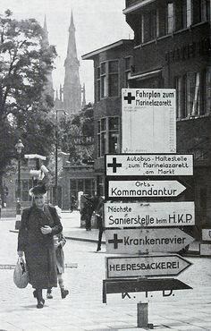Eindhoven 1943, German road signs.