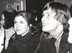 Carrie Fisher and Mark Hamill meet their fans. pic.twitter.com/fn9N69KVJA
