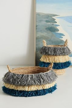 DIY Boho Decor Ideas - DIY Pom Pom Basket - DIY Bedroom Ideas - Cheap Hippie Crafts and Bohemian Wall Art - Easy Upcycling Projects for Living Room, Bathroom, Kitchen Home Decor Baskets, Diy Kitchen Decor, Basket Decoration, Baskets On Wall, Diy Home Crafts, Decor Crafts, Art Decor, Decor Ideas, Felt Crafts