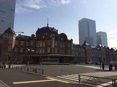 東京駅丸の内北口より