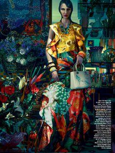 Waleska Gorczevski by Zee Nunes for Vogue Brazil November 2013, mixed patterns, patterned textiles