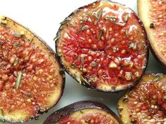 Maple Roasted Figs Recipe. I love fresh figs, these look yummy!