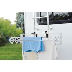 Compact Smart Dryer : Expandable Indoor/Outdoor Drying Rack - RV and Camper Camper Hacks, Camper Trailers, Camper Ideas, Rv Hacks, Boler Trailer, Travel Trailers, Motorhome Organisation, Trailer Organization, Clothes Drying Racks
