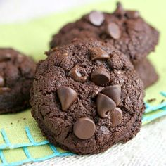 Whole Wheat Double Chocolate Brownie Cookies