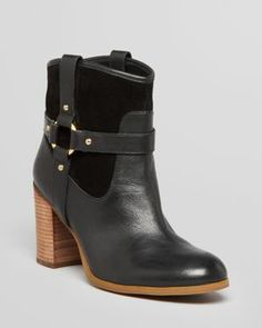 cute riding boots!